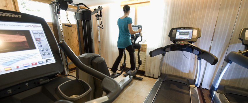 Beausite Park & Jungfrau Spa, Wengen, Bernese Oberland, Switzerland - gym room.jpg